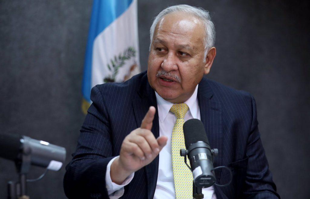 Ministro del CIV Aldo García