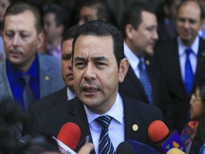 Binomio presidencial y gabinete evalúan metas cumplidas