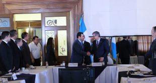 Presidente y Vicepresidente se reúnen con su Gabinete y reafirma compromiso de trabajo por Guatemala