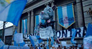 Crisis política en Guatemala; exigen depuración del Congreso
