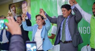 """-UNE- reclama que le """"robaron"""" votos y que les falta un diputado"""